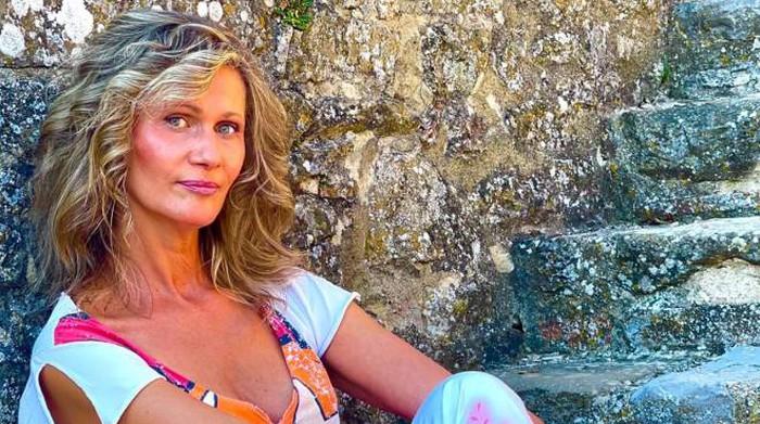 Ritratto per Valentina: morta dopo il vaccino, ricordo dell'amico pittore. Oggi l'autopsia - Cronaca